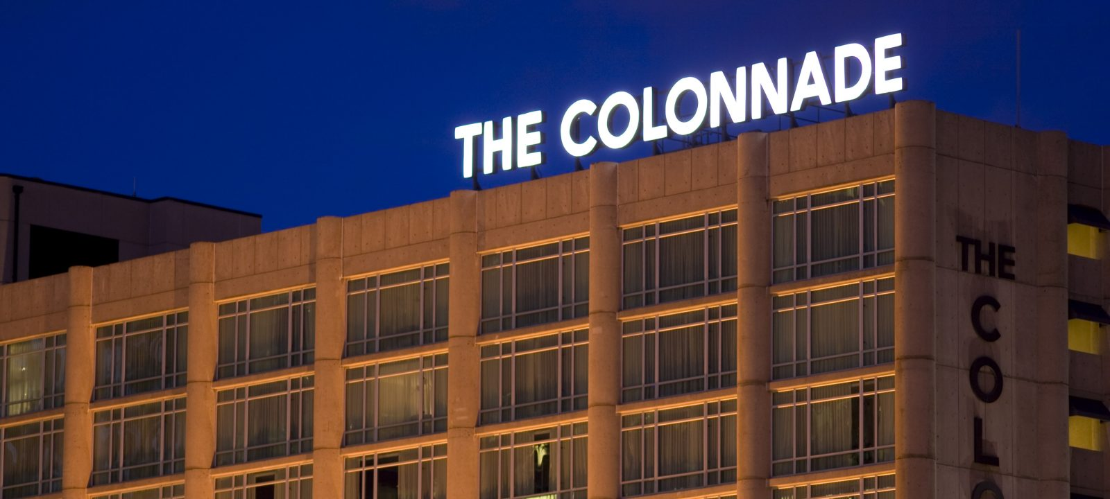 The Colonnade Hotel Exterior Night View
