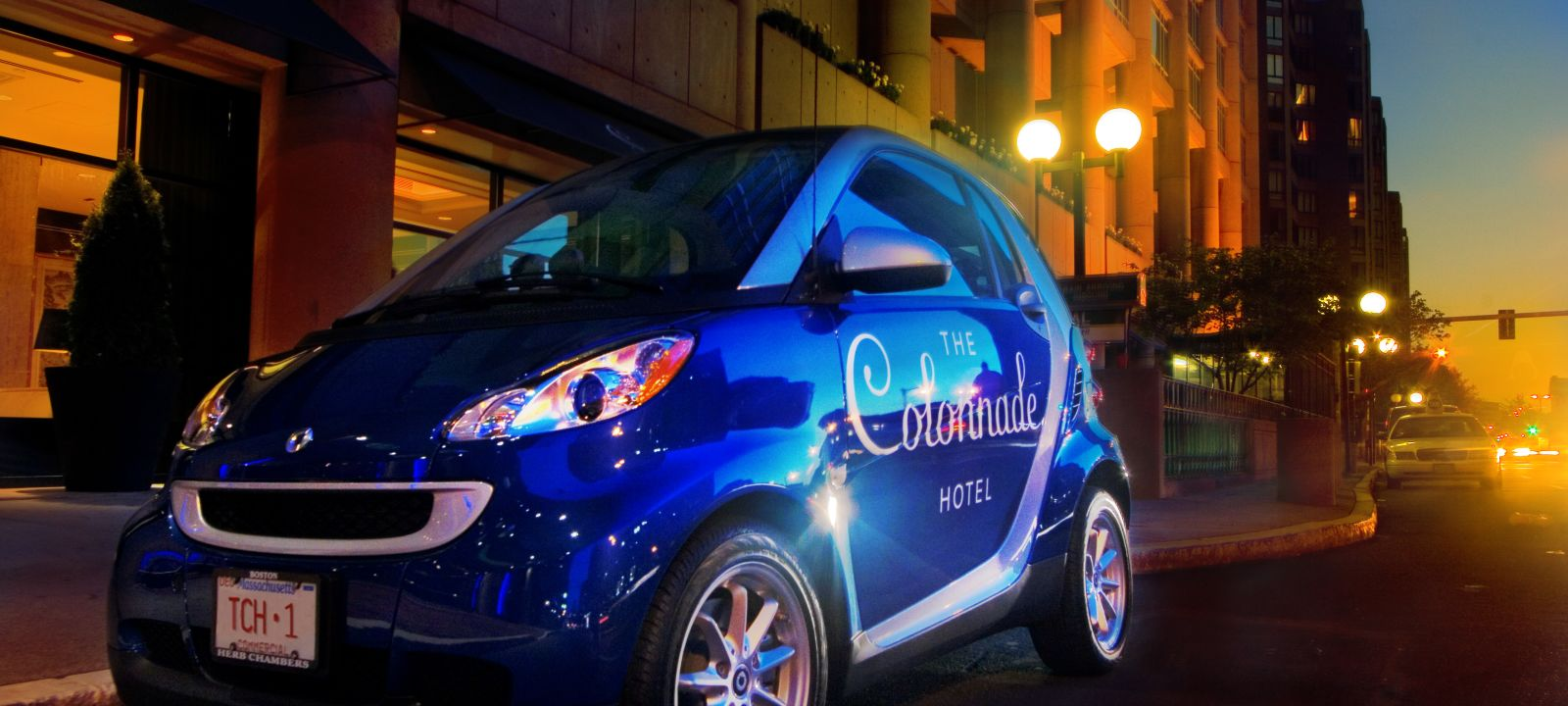 The Colonnade Hotel smart car
